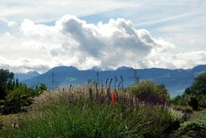 13. Oktober 2012 - Wolken hängen in den Bergen - Föhn