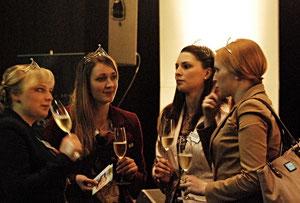 05. Mai 2013 - Königinnen unter sich - Weinköniginnen beim Champagner-Empfang