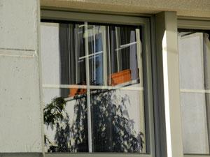 05. September.2012 - Durch Fenster sehen wir die Welt, doch oft getrennt von der Wirklichkeit