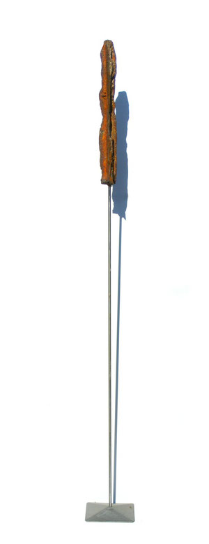 Acier oxydé soclé sur tige d'acier - Hauteur : 146cm - Collection de l'artiste