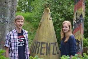 Kim-Hendrik Freitag und Emelie Quinlan beschäftigten sich monatelang mit der innerdeutschen Grenze. Auf dem Foto fehlt Michelle Pape.Foto: Christina Kriegs-Schmidt