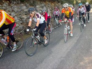 """Les """"civilisés"""" dans la montée de St Hubert"""