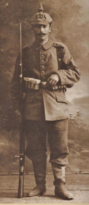 Ernst Heller als Soldat im Ersten Weltkrieg - Archiv Dr. Marina Moritz
