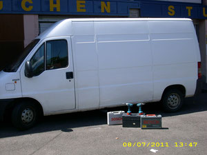 Wir transportieren alles bis 3.5 t und montieren Möbel und Küchen bundesweit