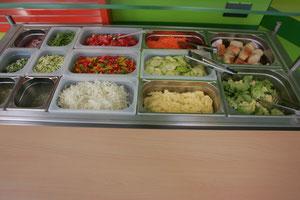 täglich gibt es leckere Salate