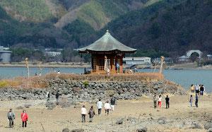 kawaguchi lake dried up rokkakudo