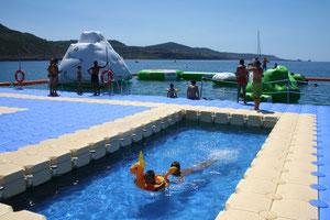 Plataformas modulares para parques acuáticos Pantalanes flotantes para parques acuáticos