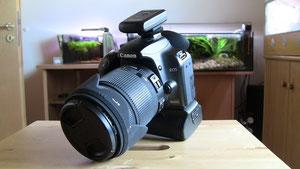 Canon 1000D mit Sigma 18-250 Objektiv und Funk-Blitzauslöser