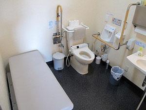 身障者用トイレを完備しています