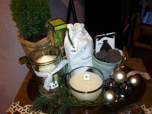 Geschenke unter 20 Euro: Wäschesack, Duftsäckchen, Windlicht, Kerzen,  Raumdüfte und viele Socken für den Nikolausstiefel
