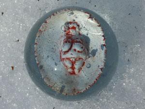 Venus von Willendorf Glasmurmel mit Porzellaninlay