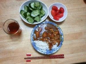 自家製野菜のカレー&サラダ