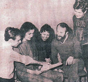 Mark Lyndon (left) with the first club-members, 1985