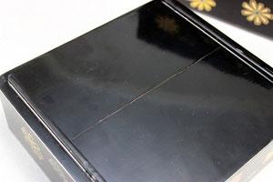 修理する前の重箱