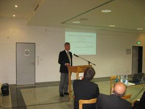 Prof. Dr. Dirk Wentzel