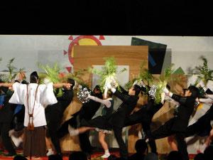 通称「大根踊り」ですが正式名称は「青山ほとり」