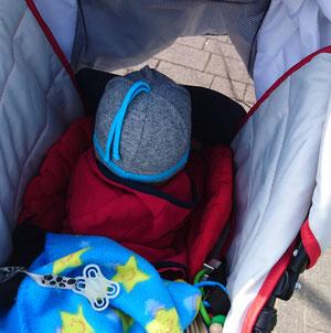 #12von12 #5von12 Kinderwagen fahren