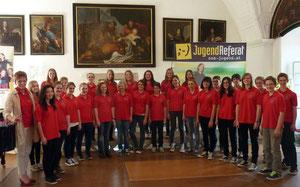 Gabriele Schürz und ihr 4a-Chor der Musik-HS Lambach