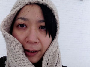 青森縣美術館外。好冷!