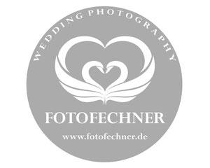 Logo FOTOFECHNER Hochzeitsfotografin Birgit und Hochzeitsfotograf Lüneburg Theresa