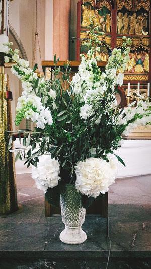 kreative Hochzeiten mit verspielten Raffinessen | Braut Concierge | Weddings & Events
