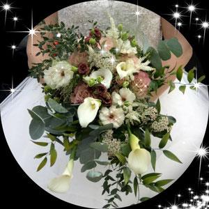 """Rückmeldung der Braut: """"Ein Traum-Brautstrauss, vielen vielen Dank für die Umsetzung meines Traums!"""""""