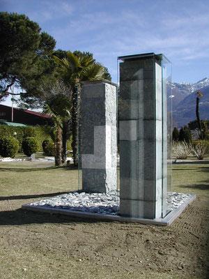 zeitsäulen in granit/marmor/stahl und wasser