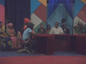 Christian ETONGO sur le plateau de la CRTV, la chaine nationale du Cameroun