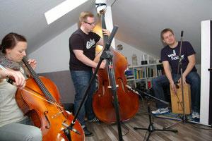 ... im gemütlich-beengten dachzimmer (fotos: on purpose)