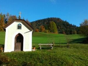 Stoffelkapelle im milden Herbstlicht