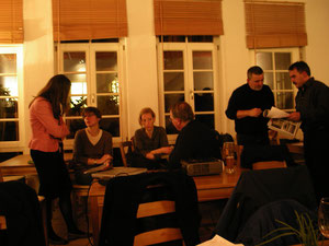 Vorbereitungstreffen für die Wanderausstellung am 26. November 2010 in Bretten