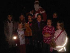 Der Nikolaus und die Kleinen :)