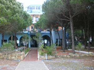 """Hotel """"Grand"""" Golem-Durres"""