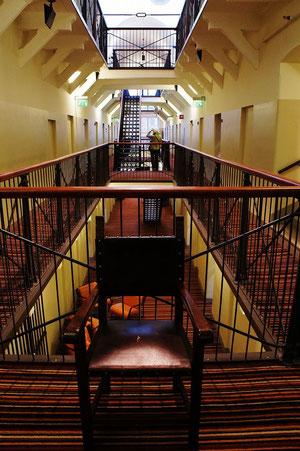 刑務所をレストアしたホテルで1週間のムショ暮らし。