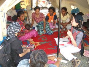 ブンチャラの避難民キャンプにて