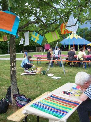 Aktion Fahnen im Park  -  klick auf´s Bild