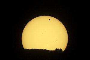 Sunce i Venera 6.6.2012.