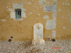 Fontaine taillée par L'Atelier de la Pierre (photo)