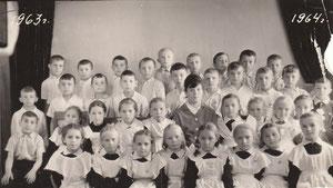 2а класс 1963 год директор школы Бородин В.С.