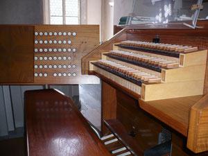Große Orgel in der Stadtkirche Bad Wildungen, Spieltisch