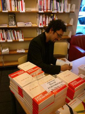 Avant de venir à Bolbec, David signait à la Librairie La Galerne au Havre, librairie avec laquelle nous travaillons.