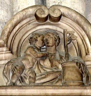 Une des scènes de la vie de la Vierge sculptée par Blasset