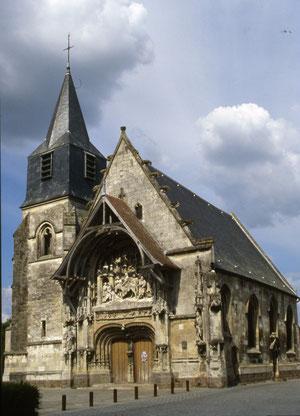 La superbe église de Neuville-les-Corbie