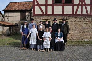 """Mitglieder der Projektgruppe """"Alltag 1910"""" bei der ersten Veranstaltung 2013"""