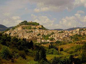 Vista panoramica della città (Calatafimi-Segesta)