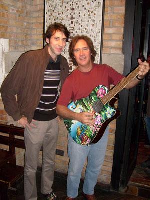 Davide Ricchetti con Carl Verheyen, chitarrista dei Supertramp e session man di livello mondiale.