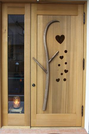 木製 玄関ドア ハート