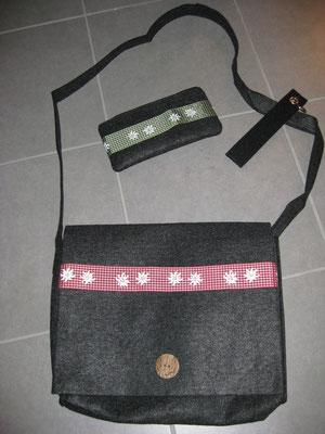 Filztasche 18 € / Täschchen 7,50 € / Schlüsselanhänger 3,50 €