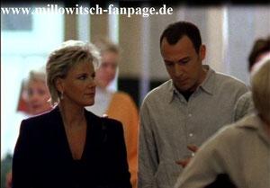 Marie trifft sich heimlich mit Ilkas Freund Zoltan, der Maries Hilfe wegen Ilka braucht