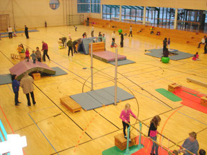 Volle Sporthalle